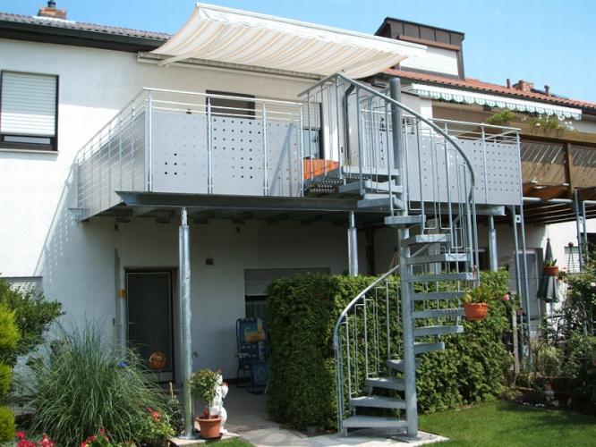 balkonbau und balkongel nder auburger stahl anbaubalkone. Black Bedroom Furniture Sets. Home Design Ideas
