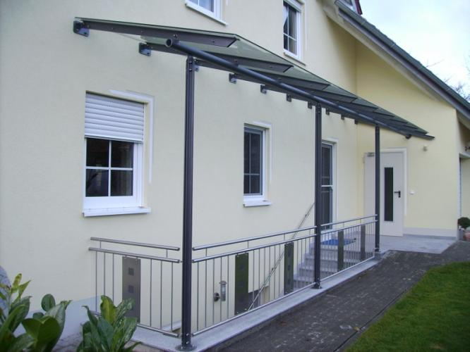 balkonbau und balkongel nder auburger berdachungen aus. Black Bedroom Furniture Sets. Home Design Ideas