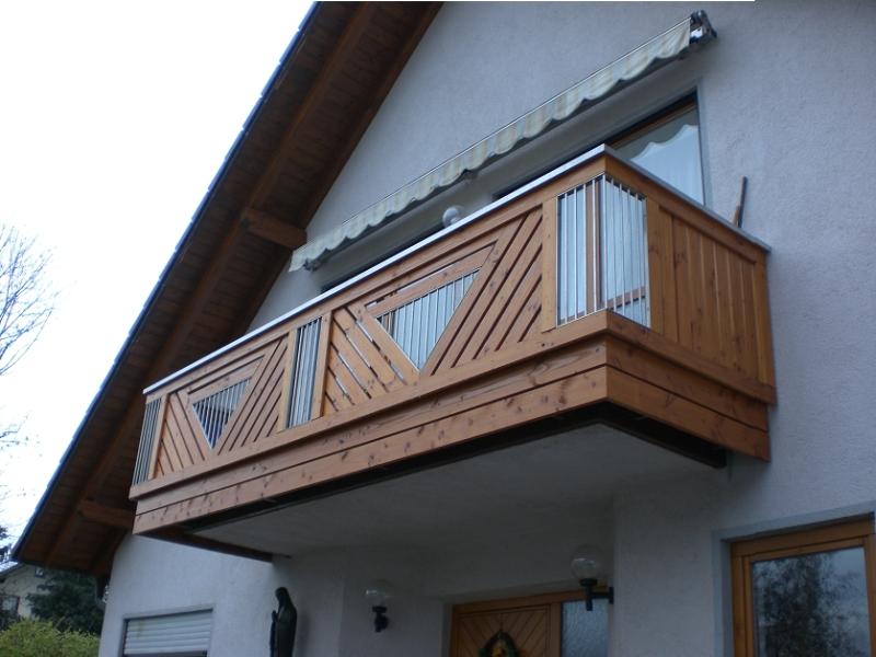 balkonbau auburger balkongel nder aus holz lange. Black Bedroom Furniture Sets. Home Design Ideas