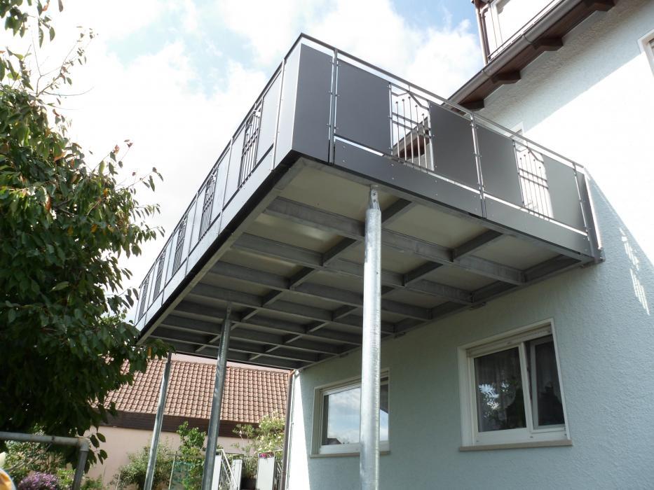 balkonbau und balkongel nder auburger stahl anbaubalkone und balkonanbauten mit balkongel nder. Black Bedroom Furniture Sets. Home Design Ideas