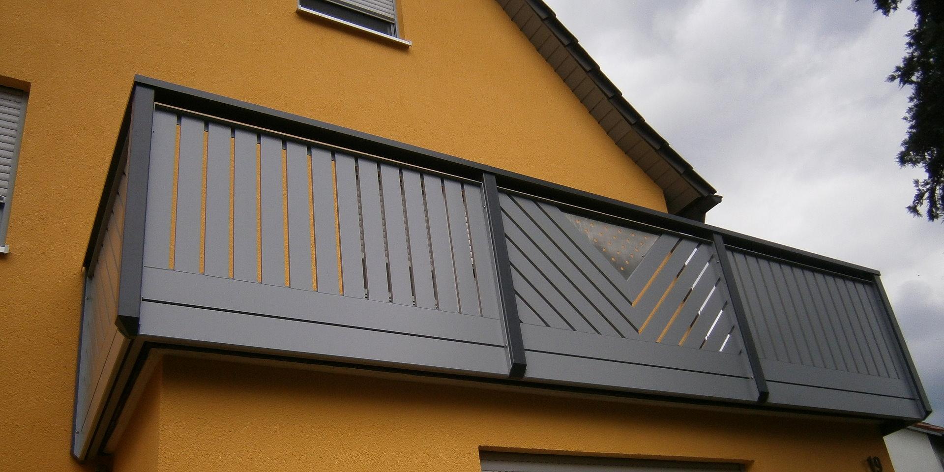 balkongelaender auburger balkongel nder aus kunststoff vollkunststoff materialst rke 20mm. Black Bedroom Furniture Sets. Home Design Ideas